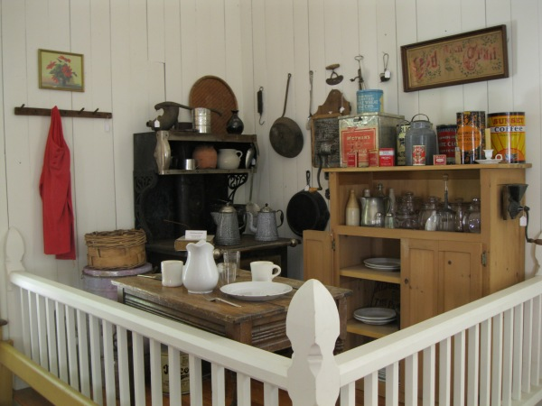 23_display of period kitchen wares