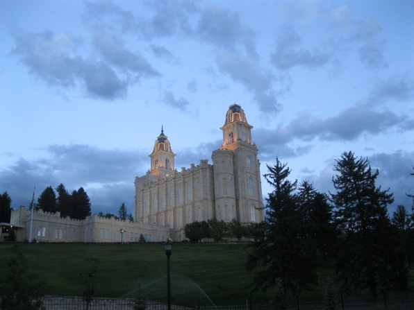 11b_Manti temple-evening