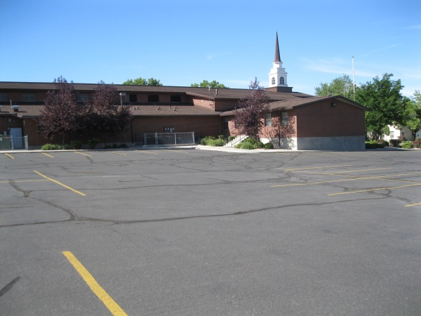 15_Manti Mormon church parking lot