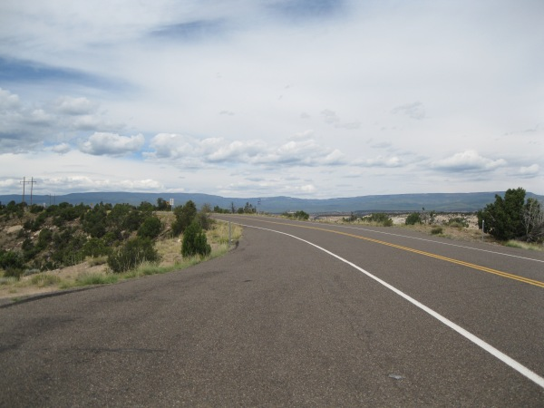 1_the open road towards Bryce...