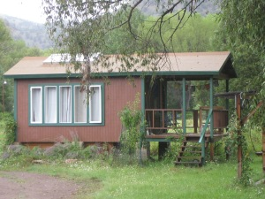 8d_including this small guest house