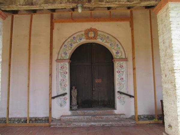 10_chapel entrance