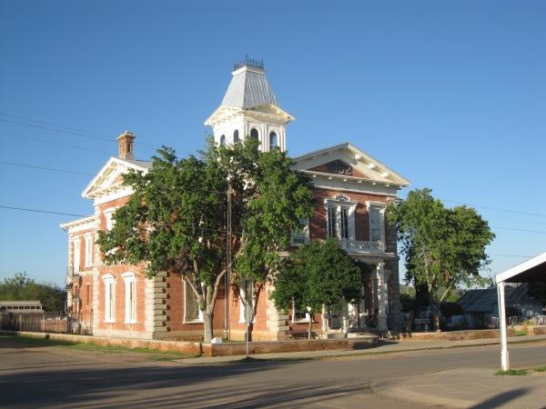 28_courthouse, morning