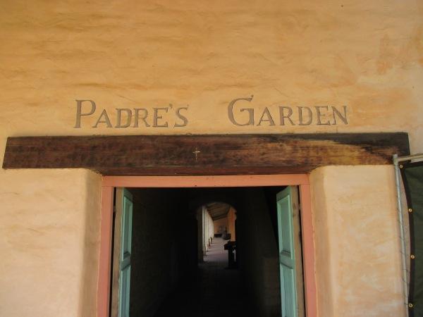 7_garden - entrance