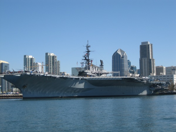 c16_another carrier_museum