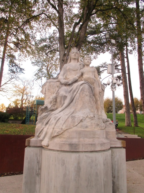 22_monument to la mère patrie