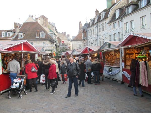 1a_Christmas Market