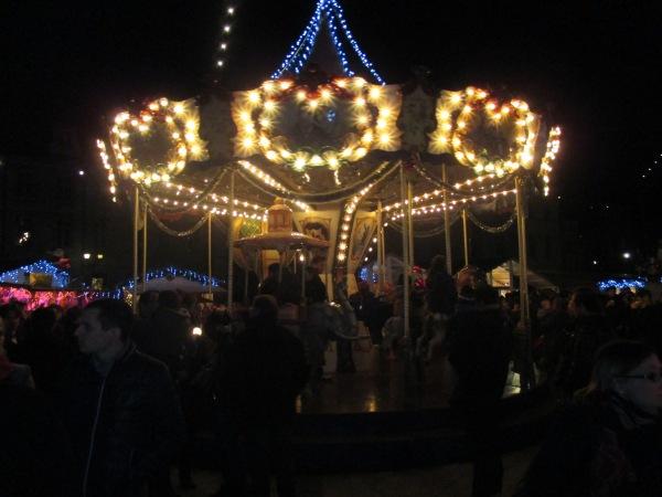 1bbis_Merry-go-round